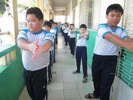 'Đừng để học sinh đầu thì to mà người còm yếu' - ảnh 1