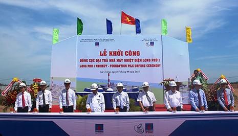 Đóng cọc nhà máy nhiệt điện Long Phú 1 - ảnh 1