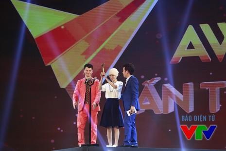 Trấn Thành đoạt 2 giải của Ấn tượng VTV 2015 - ảnh 9