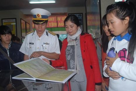 Triển lãm 'Hoàng Sa, Trường Sa của Việt Nam – Những bằng chứng lịch sử và pháp lý' - ảnh 1