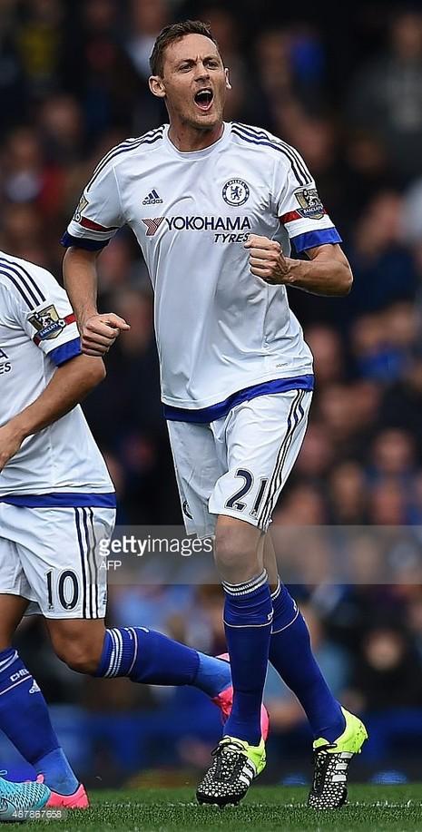 Chelsea 1-3 Everton: thầy trò Mourinho chìm sâu trong khủng hoảng - ảnh 2