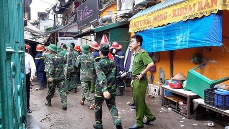 Chùm ảnh vụ sập tòa biệt thự kiểu Pháp  ở Hà Nội - ảnh 6