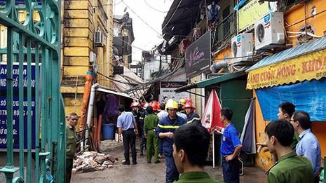 Chùm ảnh vụ sập tòa biệt thự kiểu Pháp  ở Hà Nội - ảnh 8