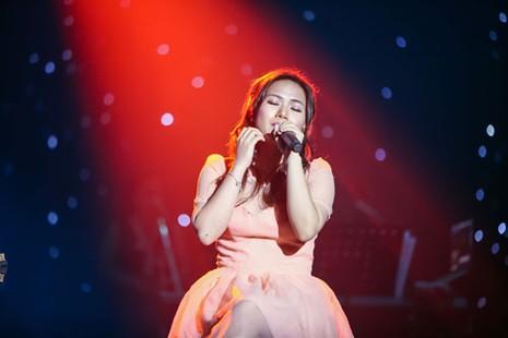 'Về với đông' giúp Nhật Thủy đoạt cú đúp Bài hát Việt - ảnh 3