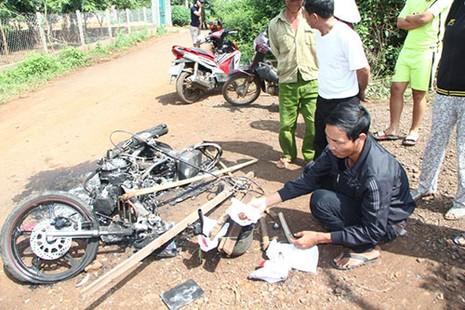 Nghi án hai thanh niên trộm chó bị đánh chết, đốt xe - ảnh 7