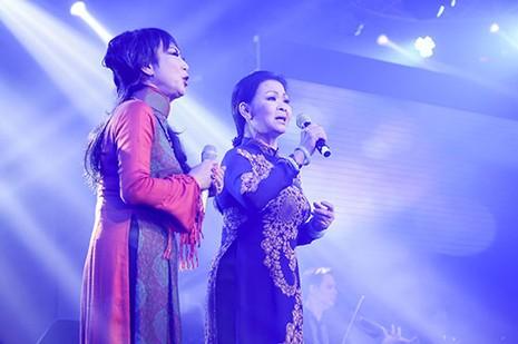 Thái Châu lần đầu tiên hát cùng Khánh Ly ở Việt Nam - ảnh 2
