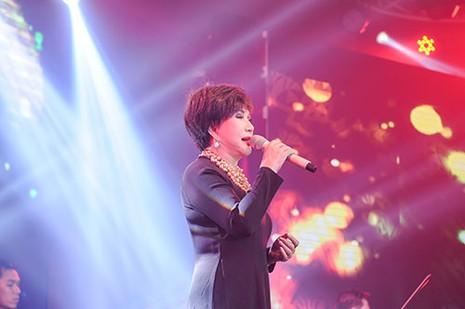 Thái Châu lần đầu tiên hát cùng Khánh Ly ở Việt Nam - ảnh 4