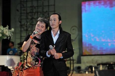 VietNamNet, danh hài Hoài Linh, giàu có và quyền lực