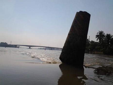 Kỳ lạ trụ đá trên sông Đồng Nai được dân gọi là 'ông Một' - ảnh 6