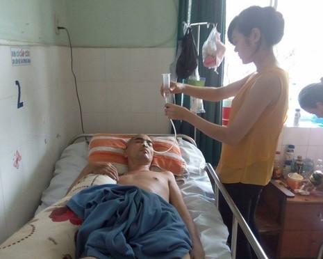 Nguyễn Hoàng chờ ngày xuất viện sau 1 tháng rưỡi mổ não