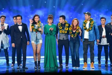 Giải 3 – cúp Đồng thuộc về nhóm Maya.