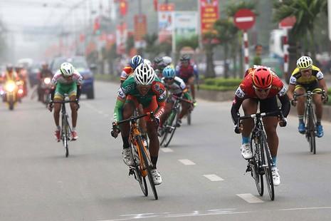 Tay đua Nguyễn Thành Tâm không có đối thủ - ảnh 2