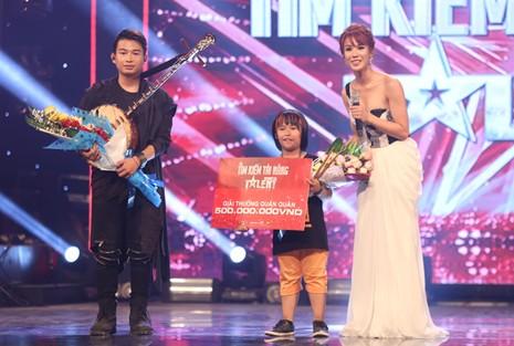 tay-trong-nhi-trong-nhan-doat-quan-quan-vietnams-got-talent-18