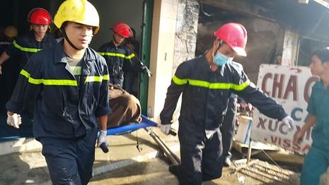 Cháy lớn thiêu rụi 2 căn nhà, một người tử vong - ảnh 3