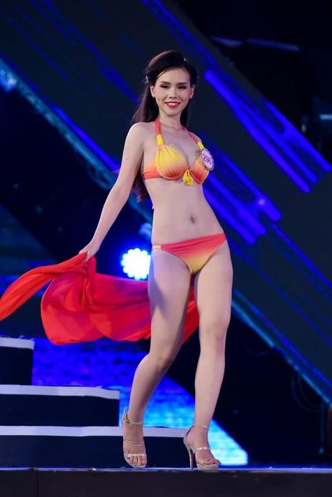 18 người đẹp phía Bắc trình diễn bikini - ảnh 10
