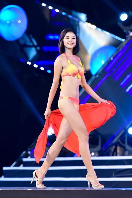 18 người đẹp phía Bắc trình diễn bikini - ảnh 30