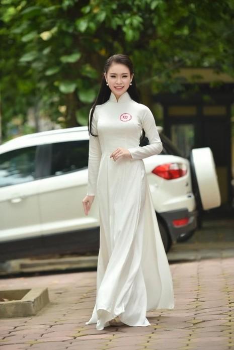 Xinh đẹp, học giỏi, Ngọc Vân còn sở hữu nhiều tài lẻ khác như múa, đàn, vẽ