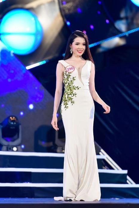 Cô từng là Hoa khôi sinh viên thành phố Cần Thơ 2014