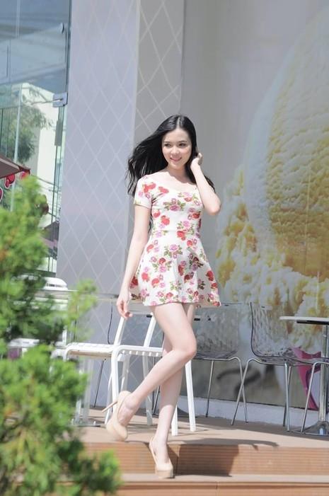 Chính vì thế, ban tổ chức cuộc thi Hoa hậu Việt Nam 2016 đã yêu cầu Thúy Vi bổ sung đầy đủ hồ sơ và chuyển ra phía Bắc để kịp tham dự