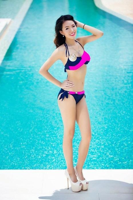 Thí sinh đến từ Mỹ - Abby Thiên Mỹ Tang, sinh năm 1997. Cô cao 1,68m, số đo 82-66-95. Cô đang là sinh viên năm thứ hai, ngành kinh doanh ĐH Washington