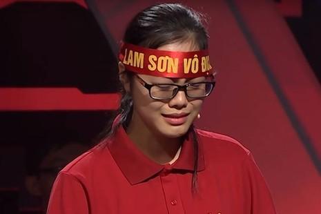 Minh Huyền vẫn cán đích sau Tiến Tùng với 230 điểm. Huyền đã bật khóc vì đã không có mặt để tranh tài.
