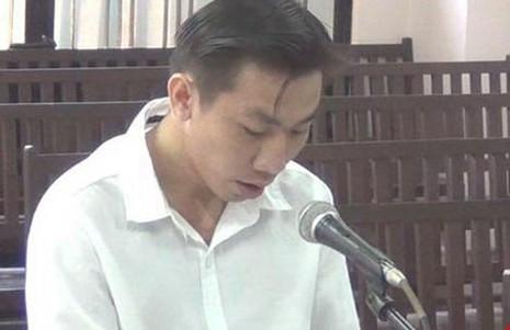 Nguyễn Chí Hùng tại phiên tòa ngày 30-9-2014. Ảnh: PL