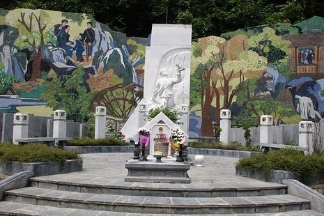 Về thăm nơi mẹ con anh Kim Đồng yên nghỉ - ảnh 5