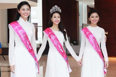 Thanh Tú, Đỗ Mỹ Linh và Thùy Linh cùng nhau xuất hiện sau khi đăng quang trong tà áo dài truyền thống Việt Nam