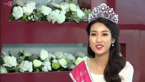 Tân Hoa hậu Đỗ Mỹ Linh: 'Em chưa hề làm gì răng mình hết!' - ảnh 7