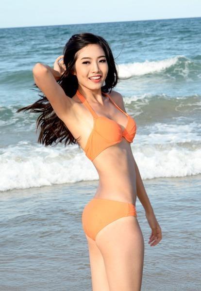 Tại cuộc thi Hoa hậu Việt Nam 2012 nhưng cô lọt vào top 10