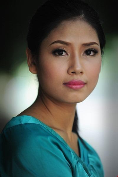 nhưng vẫn chưa đăng quang ngôi hậu ở Việt Nam.