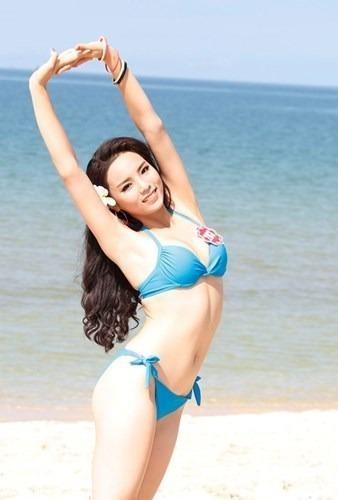 Đặc biệt, năm 2014, Nguyễn Cao Kỳ Duyên vừa đoạt giải thưởng phụ Người đẹp biển với chiều cao 1m73, số đo bavòng: 86-63-91