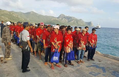 Ngày mai, 228 ngư dân bị Indonesia bắt giữ về tới Vũng Tàu - ảnh 1