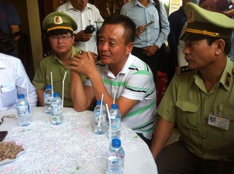 Bộ trưởng Công thương thăm gia đình anh Nguyễn Kim Danh - ảnh 9
