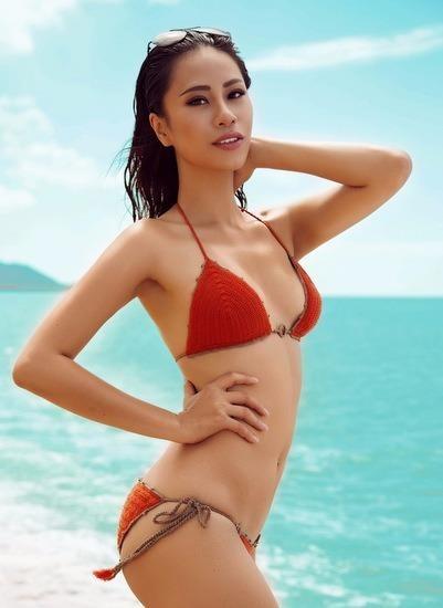 """Zing thông tin: """"Nguyễn Loan trở thành đại diện chính thức của Việt Nam tại cuộc thi Miss Grand International 2016 (Hoa hậu Hòa bình Quốc tế), thay thế Yến Nhi - á khôi 1 Hoa khôi Áo dài 2016."""