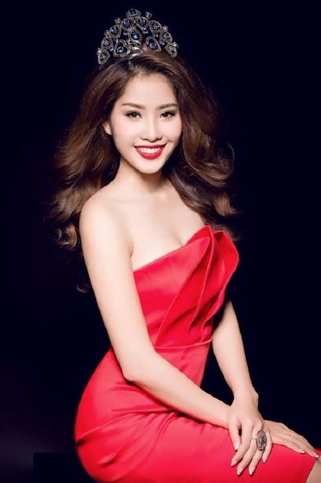 Tốp 10 Hoa hậu Hoàn vũ Việt Nam 2015.