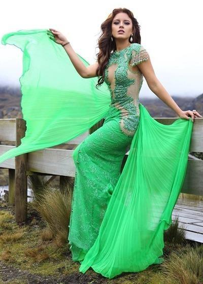 Katherine Elizabeth Espín từng tham gia nhiều cuộc thi nhan sắc như Miss World Ecuador 2013, Miss Bikini Universe 2015, Miss Earth Ecuador 2016... trước khi đăng quang Hoa hậu Trái đất 2016. Ảnh VNE