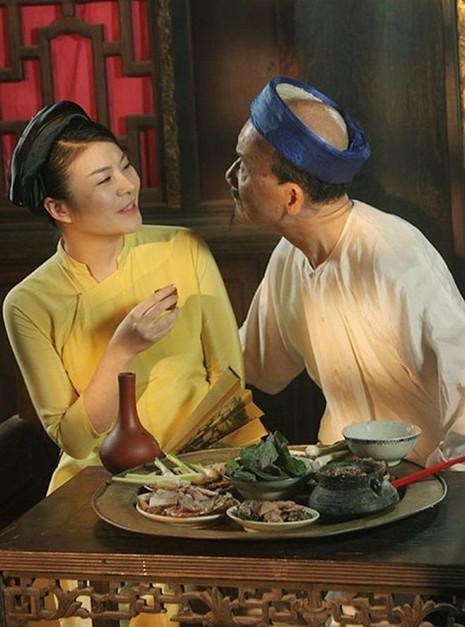 Nghệ sĩ Kim Oanh cũng là bạn diễn thường xuyên của nghệ sĩ  ưu tú Phạm Bằng. Ảnh VIETNAMNET