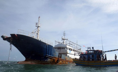 Làm rõ con tàu Trung Quốc bí ẩn trôi trên biển - ảnh 5