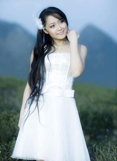 Thu Hà từng đoạt giải Bông mai vàng cho vai diễn phụ trong LHP lần thứ 15.