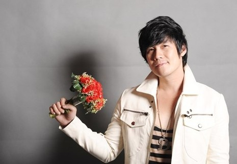 Biet thu hoanh trang cua ca si Khanh Phuong bi to lua tinh-Hinh-8