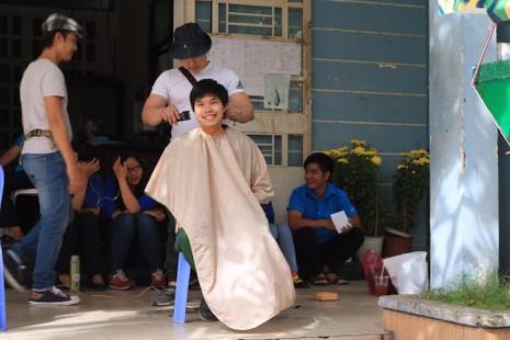 Quận Bình Thạnh: 235 thanh niên lên đường nhập ngũ - ảnh 1