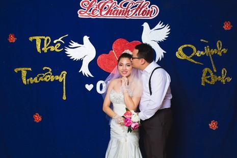 Cặp đôi chụp ảnh tái hiện 100 năm lễ cưới Việt Nam  - ảnh 15