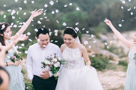 Cặp đôi chụp ảnh tái hiện 100 năm lễ cưới Việt Nam  - ảnh 21