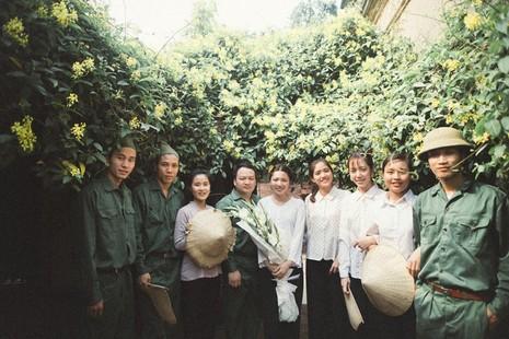 Cặp đôi chụp ảnh tái hiện 100 năm lễ cưới Việt Nam  - ảnh 4