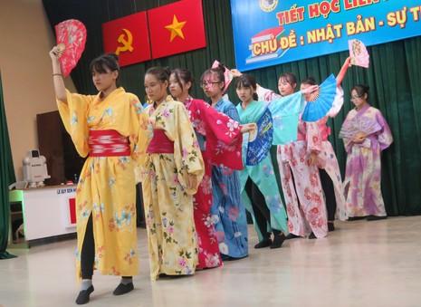 Độc đáo giờ học tái hiện về đất nước Nhật Bản - ảnh 2
