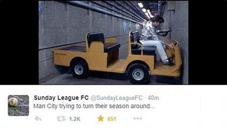 """Chùm ảnh hài hước """"hậu"""" Derby thành Manchester: Tử thần vẫy gọi Chelsea - ảnh 2"""