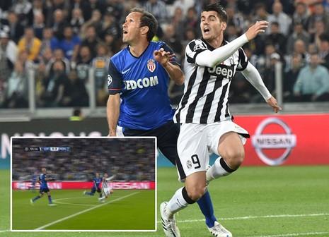 Trọng tài mắc sai lầm, Juventus hưởng lợi - ảnh 1