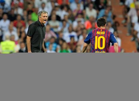 """Mourinho """"đá đểu"""" Guardiola sau thảm bại trước Barca - ảnh 1"""