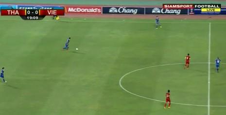 Thái Lan 1-0 Việt Nam: Siêu dự bị giải cứu Kiatisak - ảnh 19